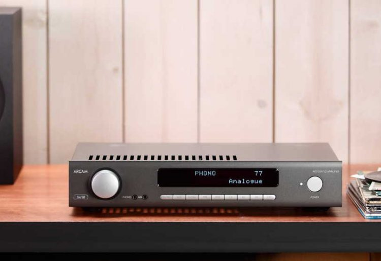 What is the difference between an integrated amp and a receiver?